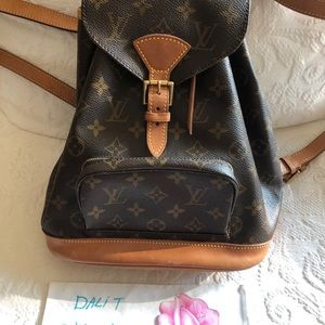 SOLD 🌹Louis Vuitton Backpack